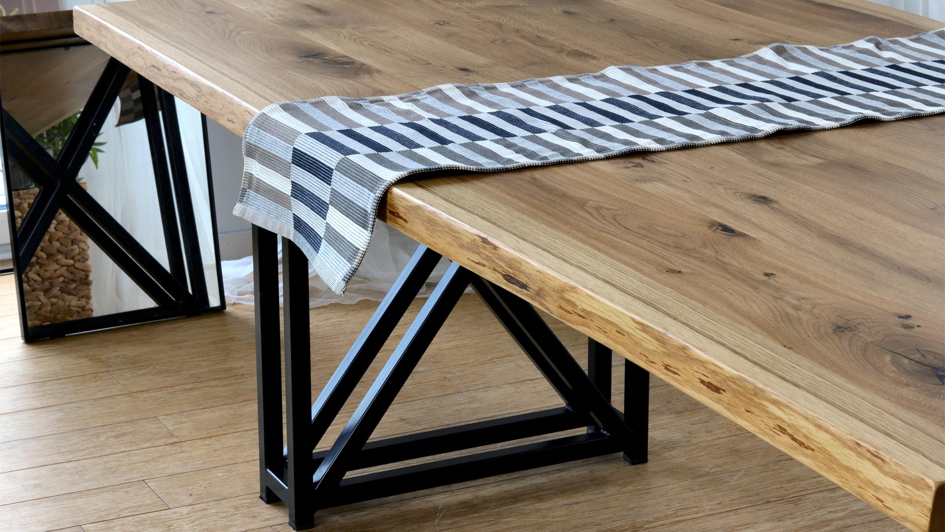 Stół drewniany loftowy