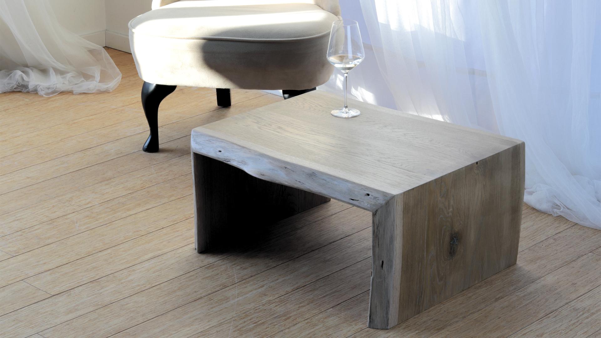 Kawowy stolik drewniany