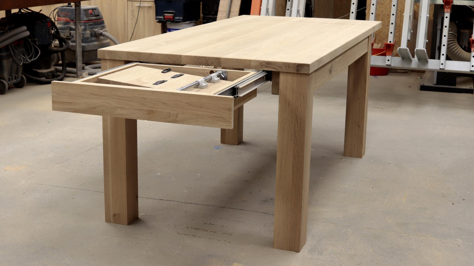 Stół rozkładany na zamówienie