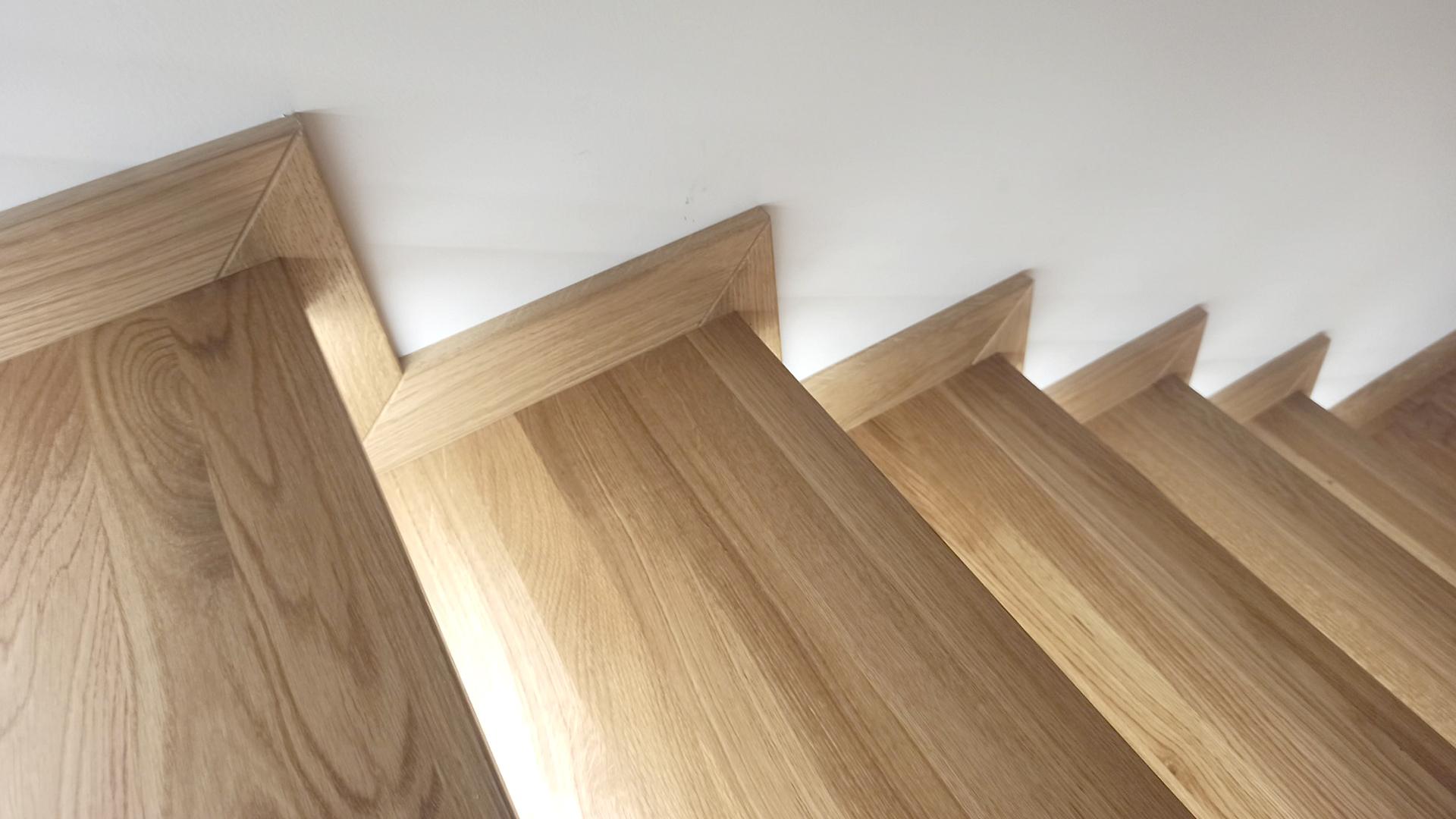 trep dębowy gotowe schody