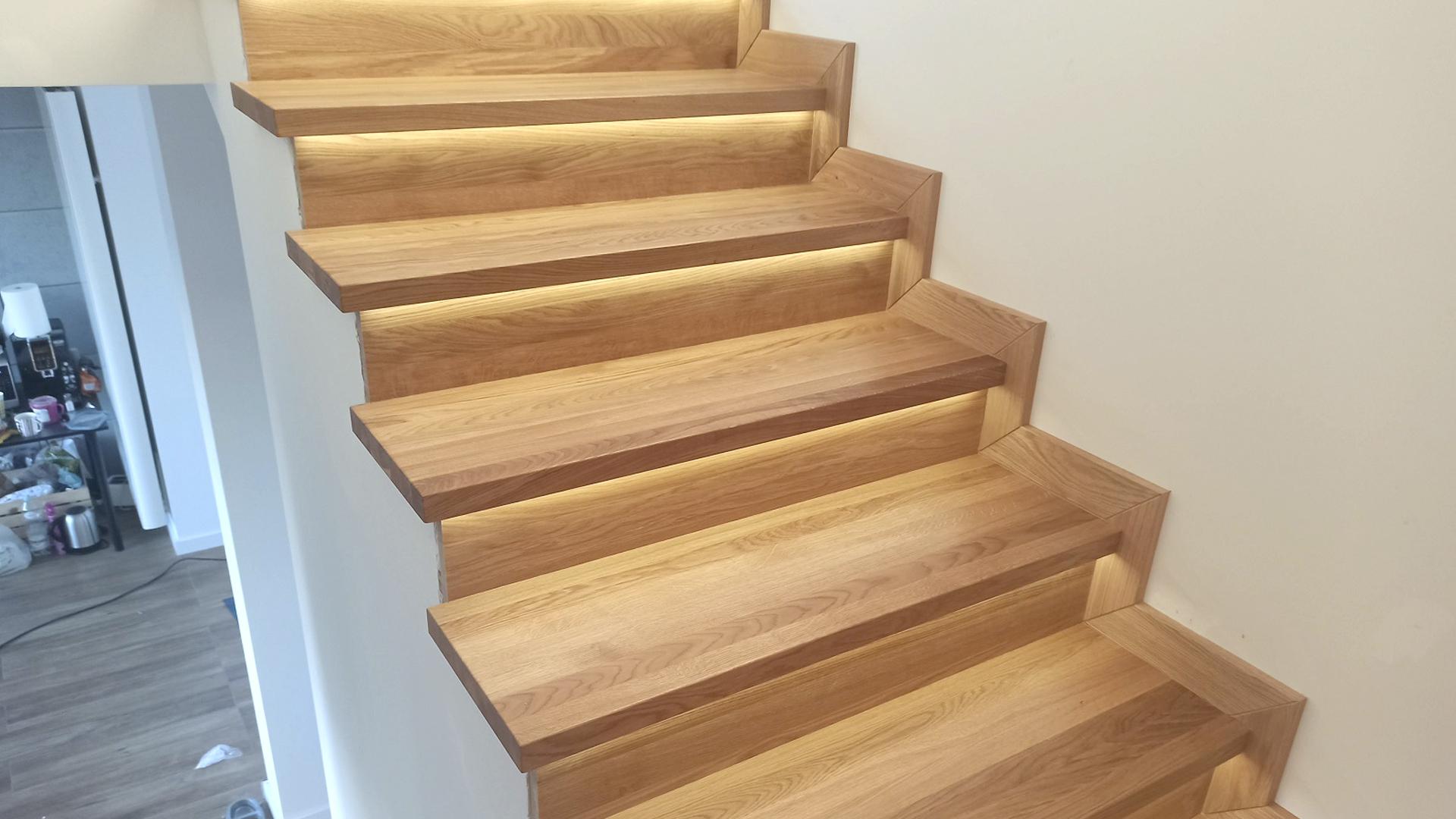 Stopnice schodowe dębowe